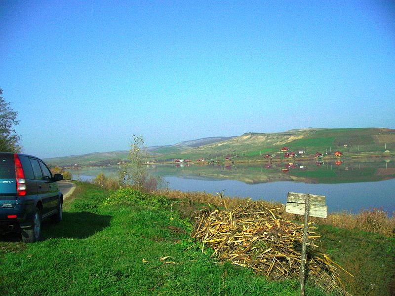 Catina-Lacul